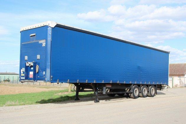 Bolbec: 89 000 € de chaussures volées dans un camion
