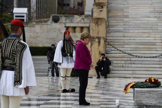"""Merkel: l'Allemagne est """"consciente de sa responsabilité"""" en Grèce pendant la période nazie"""