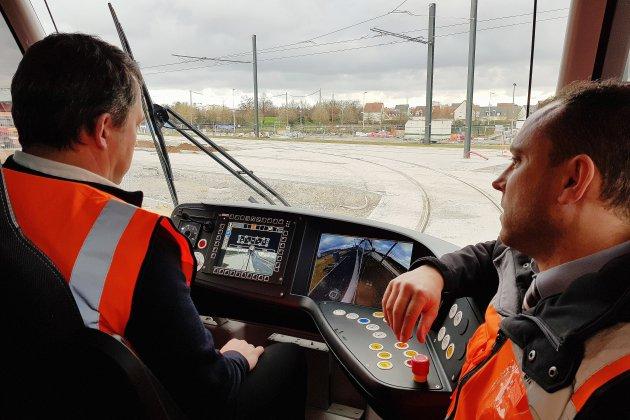 [REPORTAGE] Ils prennent en main le futur tramway de Caen