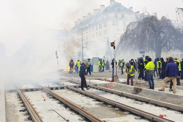 Gilets jaunes : à Caen, un rassemblement pour dire stop aux violences
