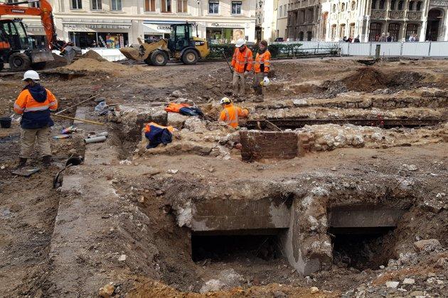 Des fouilles surprenantes au pied de la cathédrale de Rouen