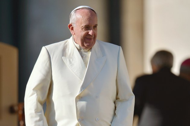 Le pape François invite les jeunes à prier en ligne, en un clic.