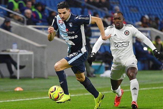 Football: Le HAC assure le service minimum face au Red Star