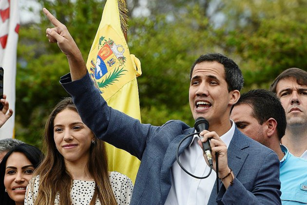 Venezuela: Guaido accentue sa pression, fort du soutien international