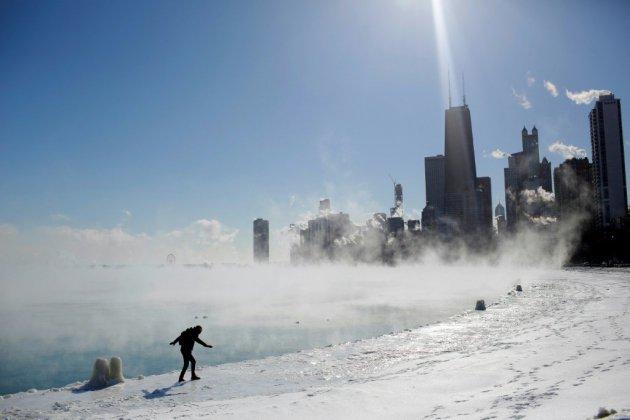 Le Nord des Etats-Unis reste transi de froid, l'Est s'y prépare