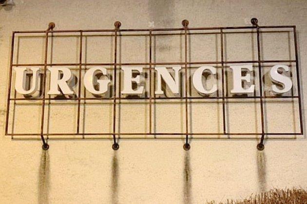 """Urgences du CHU de Caen: """"les patients sont les uns sur les autres"""""""