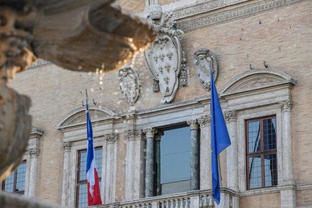 """La France rappelle son ambassadeur en Italie après des """"attaques"""" sans """"précédent"""""""