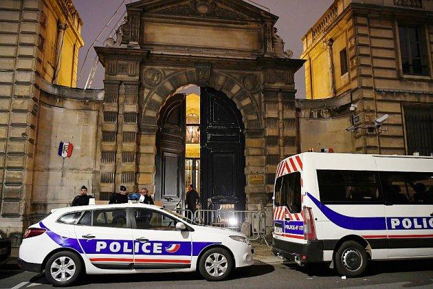 """Intrusion au ministère de Griveaux par des """"gilets jaunes"""": quatre personnes interpellées"""