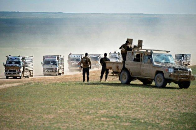 Syrie: des centaines de civils fuient les combats dans l'ultime réduit de l'EI