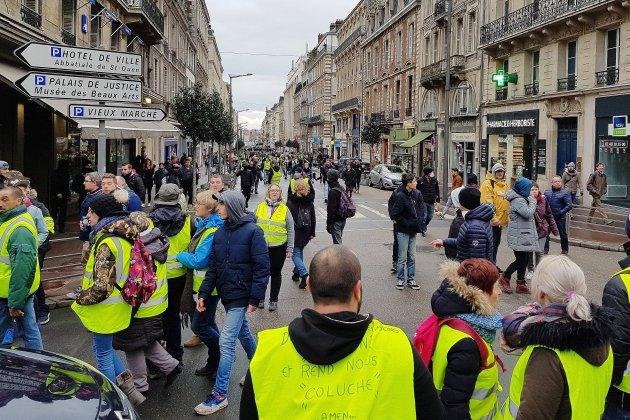 Gilets jaunes: une permanence d'accueil pour les commerçants impactés