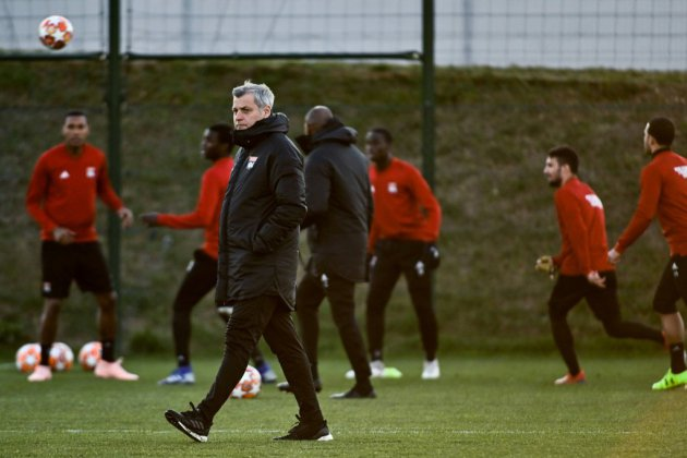 """Genesio: """"Nous devons y croire"""" face au FC Barcelone"""