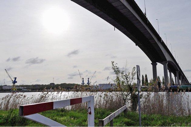 Caen: un homme décède au volant sur le viaduc de Calix