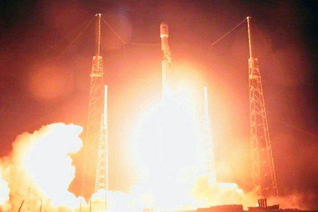 La première sonde lunaire israélienne a commencé son voyage