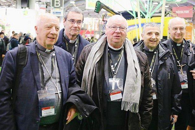 """Abus sexuels: le sommet est """"une chance douloureuse"""" pour l'évêque d'Évreux"""