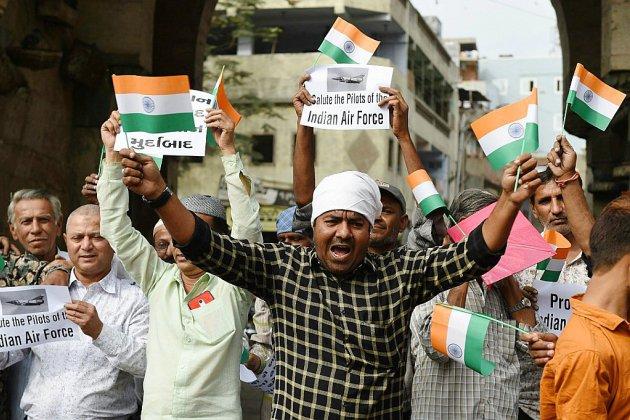 Crise au Cachemire: le Pakistan dit avoir abattu deux avions indiens