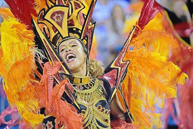 Au Carnaval de Rio, féérie et extravagance sur le sambodrome