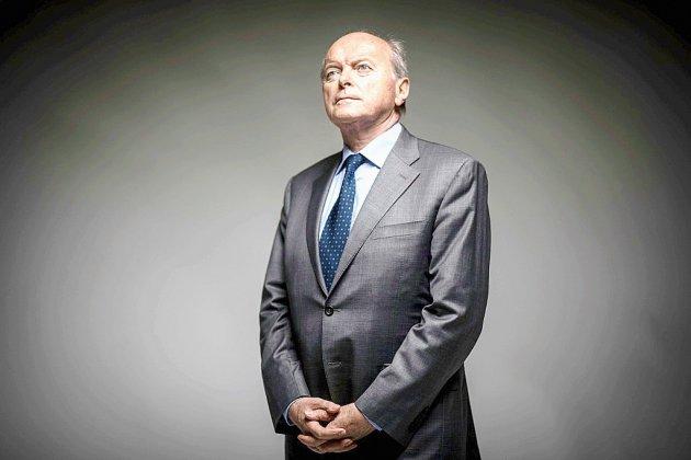 """Services publics en berne, """"répression"""" en hausse: le Défenseur des droits sonne l'alarme"""
