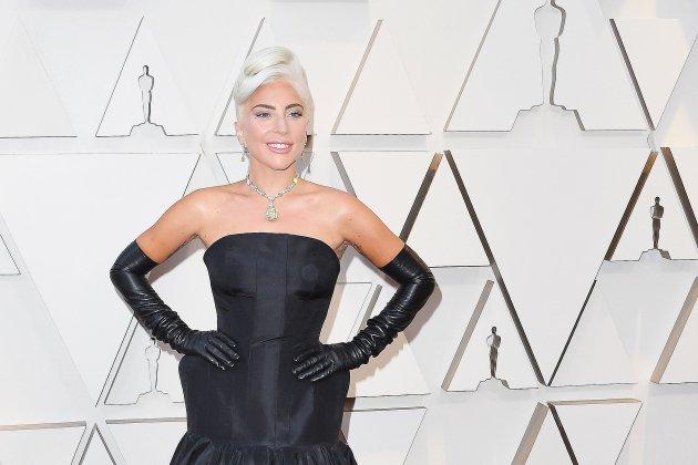 Lady Gaga annonce être enceinte du 6ème !