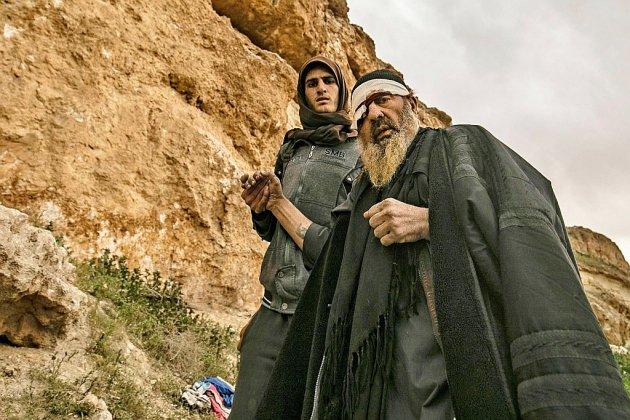 Estropiés, blessés, ils fuient dans la douleur le dernier réduit de l'EI en Syrie