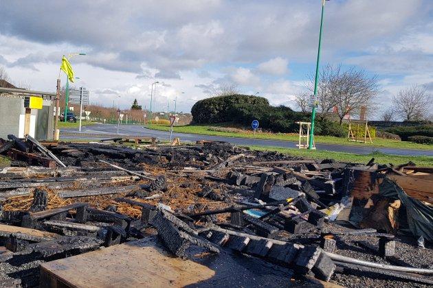 Manche : La cabane des gilets jaunes à Saint-Lô incendiée
