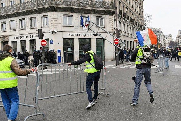 """""""Gilets jaunes"""": grand ménage à la tête de la préfecture de police de Paris"""