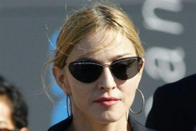 Effondrement mortel de la scène de Madonna: vers un procès, dix ans après