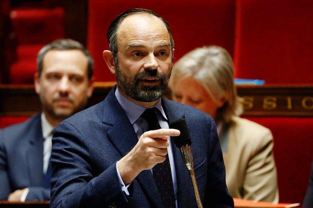 """De Benalla aux """"gilets jaunes"""", l'exécutif de nouveau sous pression"""