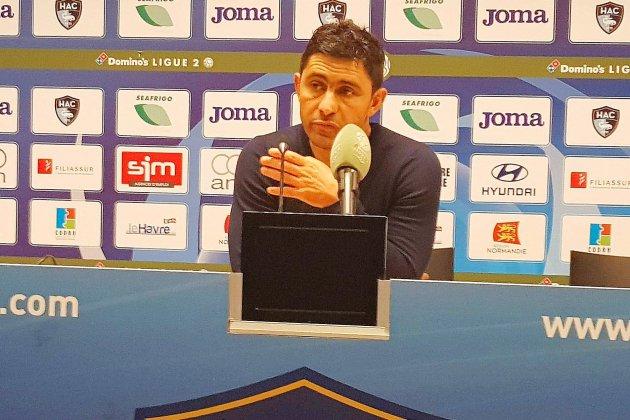[REPLAY] : L'entraîneur du Havres'exprime sur le bazar à Caen dans Club Foot