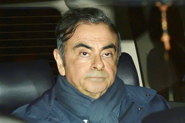 """Carlos Ghosn, de nouveau en garde à vue, dénonce une """"arrestation révoltante"""""""