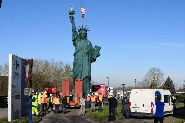 La statue de la liberté de Barentin se prépare pour l'Armada