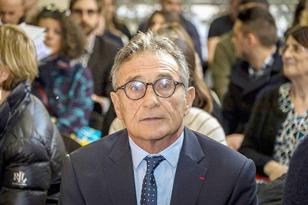 Rugby: la Fédération française condamnée à payer 1 M EUR à Guy Novès