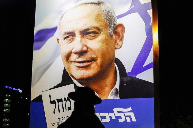 Les Israéliens votent, l'avenir de Netanyahu dans la balance