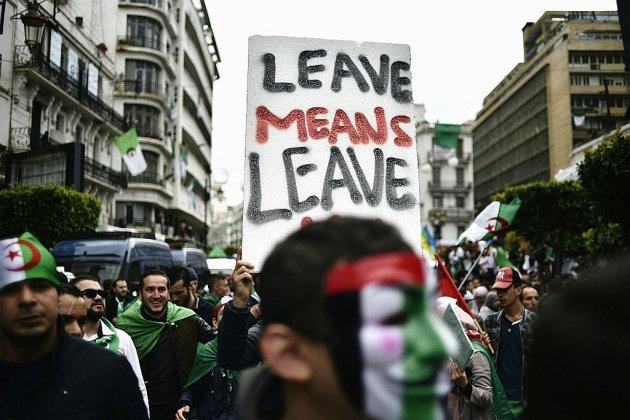 Algérie: le Parlement réuni pour tenter de trouver un remplaçant à Bouteflika
