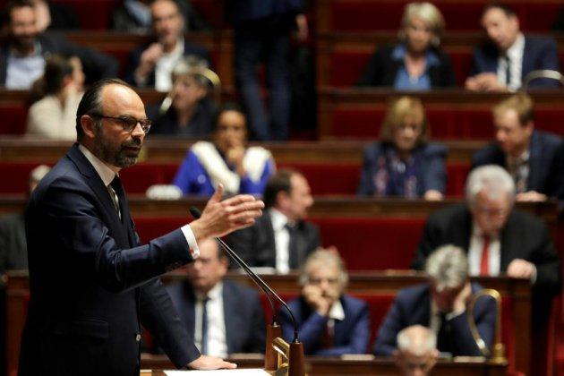 """Grand débat: un """"mur de défiance"""" entre les Français et leurs représentant, estime Philippe"""