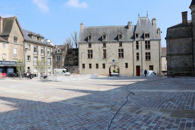 Des pirates et des trésors pour inaugurer la nouvelle Place de la Magdeleine à Alençon