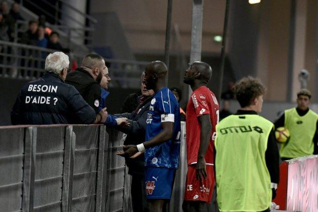 Ligue 1: le match Dijon-Amiens interrompu quelques minutes après des cris racistes
