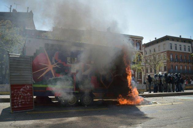 """""""Gilets jaunes"""": montée de tension à Toulouse"""