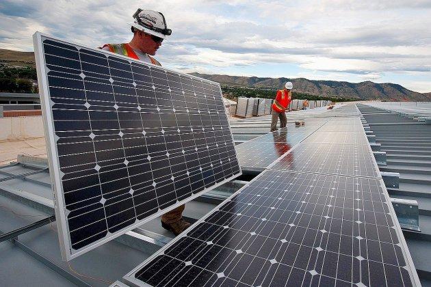 Les Rouennais appelés à financer des panneaux solaires sur un gymnase