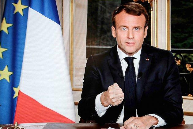 """Conseil des ministres au chevet de Notre-Dame, que Macron veut rebâtir """"d'ici cinq années"""""""