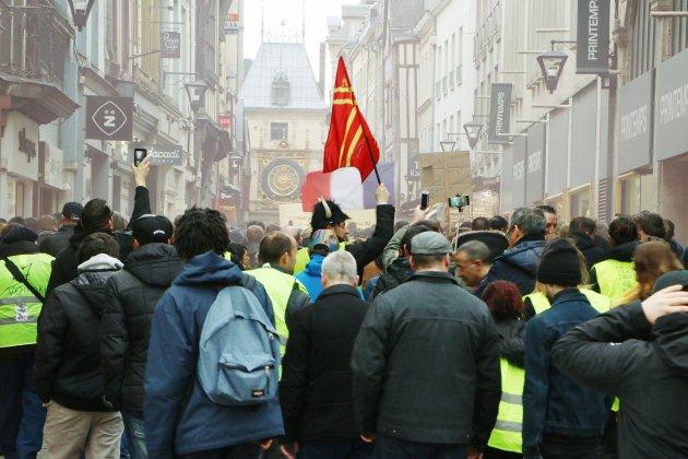 Gilets jaunes, acte XXIV : le centre de Rouen interdit