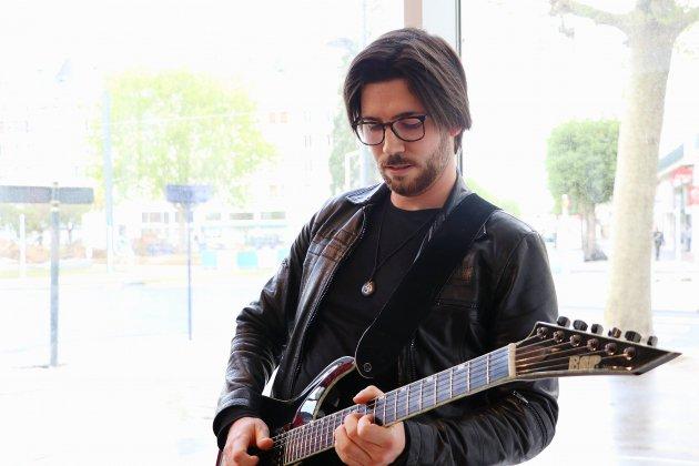 Un guitariste de Caen jouera avec 1000 musiciens au stade de France