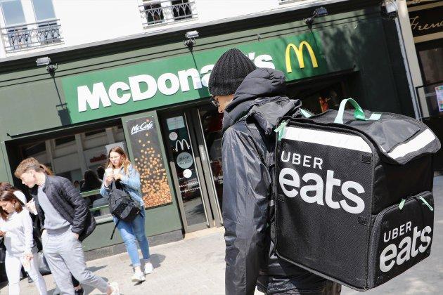 Caen: l'énorme succès d'Uber Eats auMcDonald's du centre-ville