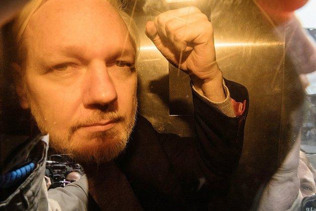 Assange fixé sur sa peine à Londres pour violation de sa liberté provisoire