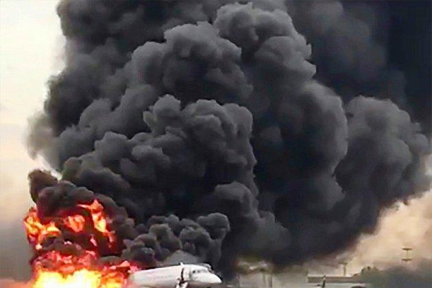 Atterrissage meurtrier à Moscou: des passagers évoquent l'avion frappé par la foudre