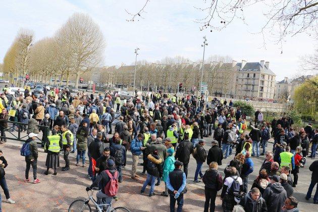 Caen : interdit de manifester au centre ville et sur certains ronds-points