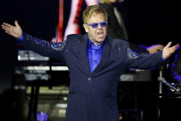 """Elton John """"Rocketman"""", star excentrique au succès planétaire"""