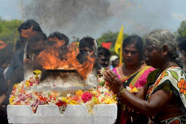 Le Sri Lanka fragilisé fête le dixième anniversaire de la fin de la guerre civile