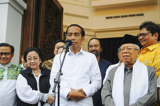 Joko Widodo élu président d'Indonésie pour un second mandat