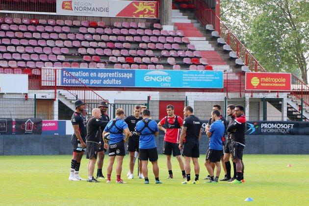 Rugby: malmenés sur la route de la Pro D2, les Rouennais veulent y croire