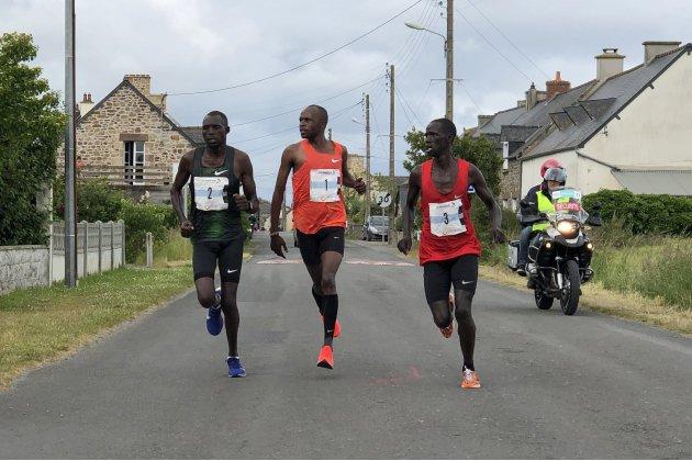 Run In Mont-Saint-Michel :Moses M'Warur etFatih Kipsum remportent le marathon 2019